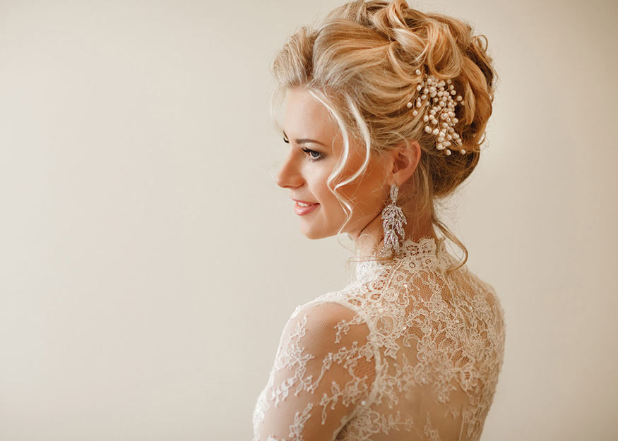 Right Hairstyle at Your Wedding Day